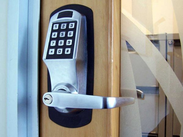 Repair and Maintenance Service by Commercial Locksmith Sun Valley